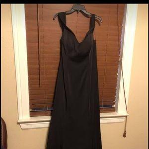 Dresses & Skirts - Evening Dress Black size 14
